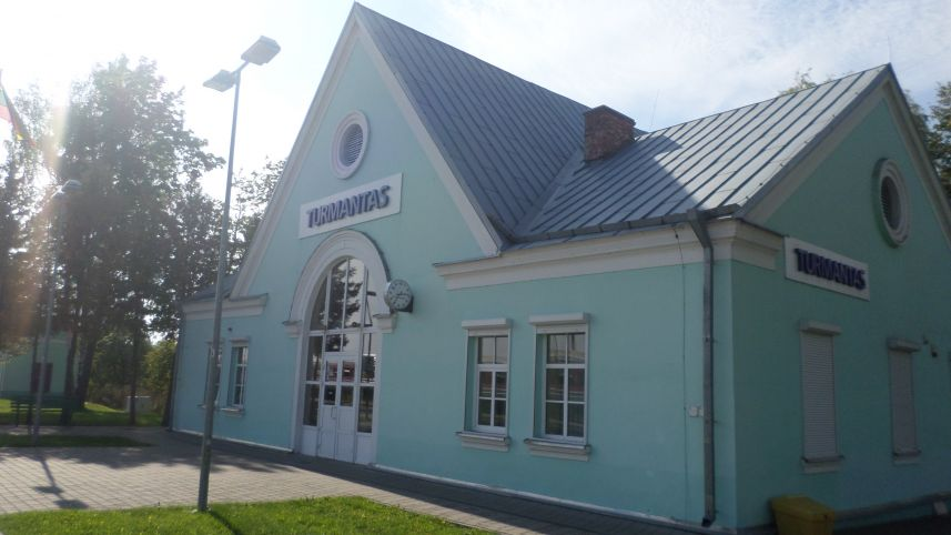 Turmantas train station