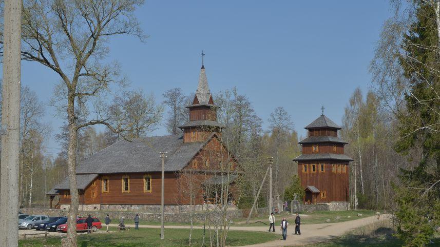 Baltriškių kaimo šv. Kazimiero bažnyčia, Tiberiados bendruomenės vienuolynas
