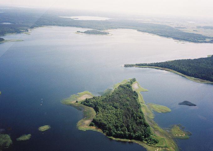 Озеро Луодис